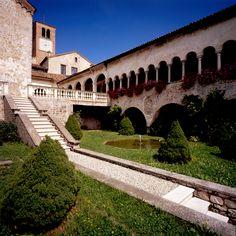 L'Abbazia di Follina (TV) Alps, Country Life, Verona, Places To See, Venice, Beautiful Places, Mansions, Landscape, Tv