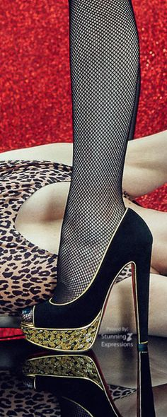 6bf56bdfb8e Christian Louboutin United States Online Boutique