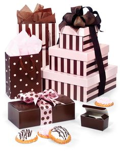 Duets Chocolate Brown & Pink, cookies, candies, lingerie, cute bridal shower or baby shower ideas. Disney Princess Tutu, Bridal Shower, Baby Shower, Browns Gifts, Candy Store, Gift Packaging, Gift Bags, Gift Baskets, Diy Design