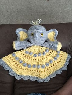 This listing is for the crochet pattern only for the lovey. This does not include the finished product for the Peanut's Lovey. If you'd like to purchase a completed finished lovey, please click the following link: