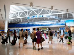 Port Authority urged to offer free Wi-Fi in airports - The Insider Blog   Crain's New York Business