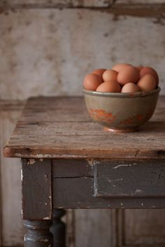 farm table and eggs...we always had brown eggs, I never knew there were white eggs till I moved to the city ...