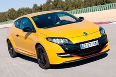 Renault Mégane RS - Yellow Car