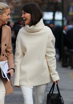 Chunky Sweaters in New York-Phil O for Vogue
