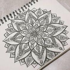 """""""#mandala #art #zendala #penart #blackandwhite #tatoo"""""""