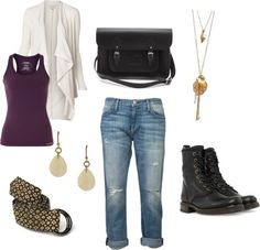 What to wear with Combat Boots - outfit idea with boyfriend jeans.