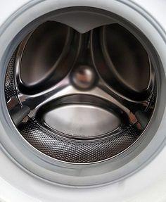 Lege 2 Spülmaschinentabs in die Waschmaschine. Dieser Trick ist nicht nur…