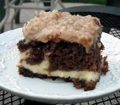 Try German Chocolate Cheesecake Cake! You'll just need 1 - oz package Duncan Hines German chocolate cake mix, prepared according to package directions. Discover our recipe rated by 46 members. Cheesecake Cake, Cheesecake Recipes, Coconut Cheesecake, Homemade Cheesecake, Köstliche Desserts, Dessert Recipes, Dinner Recipes, Kitchen Recipes, Cooking Recipes
