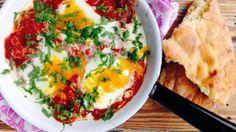 Shakshuka Lähi-idän tomaatti-munapaistos
