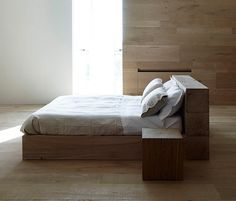I Massivi | AA015 Bed von Itlas | Doppelbetten