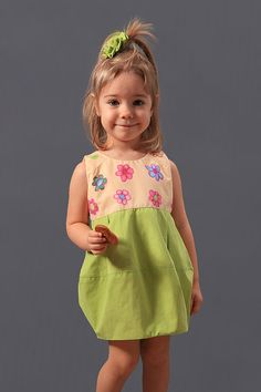 Girls cute summer printed flower cotton dress in beige and green colors floral print which can jollify the day of every little toddler girl sundress.  This designer kids bubble summer sleeveless casual children dress is made for 2 3 4 5 6 7 8 9 10 years old princess girls.  She would look like a flower, modern and ready to captivate the world spreading joy and magic.  My little girl created this wonderful flowers painting.  It opens at the middle of the back with a hidden YKK zipper and has…