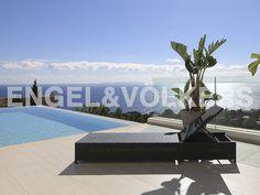 IMMOBILIE DER WOCHE: Moderne Villa in gehobener Wohnanlage #Ibiza
