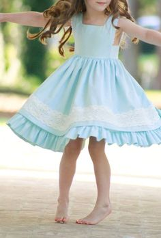 Are you are becoming well acquainted with our 2018 Spring Dress Collection yet? There has been so much sharing in. Source by poshpeanut dress outfits Girls Spring Dresses, Dresses Kids Girl, Kids Outfits, Dress Outfits, Toddler Dress, Baby Dress, Baby Girl Fashion, Kids Fashion, Kids Dress Wear