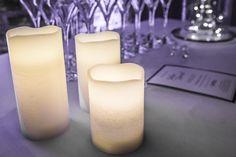 Bougies LED en location chez D DAY DECO #ddaydeco #decoration #deco #decomariage #decorationmariage #mariage #original #mariageoriginal #chic #mariagechic #wedding #bougies #bougiesLED #lot #éclairage #centredetable #table