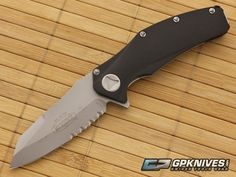 Microtech Mini Matrix Flipper Bead Blast Serrated