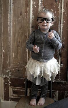 shehadusathello.blogspot.com    Dentelles et lunettes