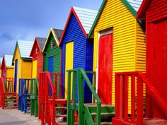 Colourful seaside chalets in Fish Hoek, Cape Town Porches, Cities In Africa, Coastal Landscaping, Cape Town South Africa, Belle Villa, Coastal Decor, Coastal Rugs, Coastal Bedding, Coastal Furniture
