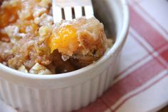 My Happy Place: Easy Peach Dump Cake