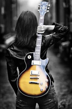 The sound of Rock n Roll. Gibson Les Paul guitar is the most popular among other types Gibson guitars. Guitar Diy, Easy Guitar, Cool Guitar, Guitar Cake, Guitar Gifts, Guitar Songs, Jeane Manson, Color Splash, Color Pop