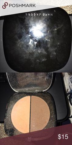 Marc Jacobs contour Just a little dirty. Used a little bit. Marc Jacobs Makeup Face Powder