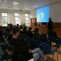 Rizika eshopu řeší přednáškami v Ústí nad Labem a Karlových Varech odstartoval společný projekt Ministerstva průmyslu a obchodu a České obchodní inspekce