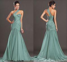 Lindo vestido longo de chiffon claro