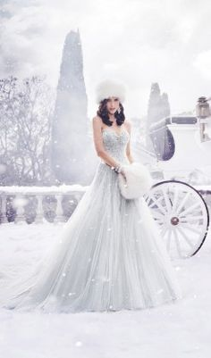 Sophia Tolli Fall 2015 - Belle The Magazine - awesome dress