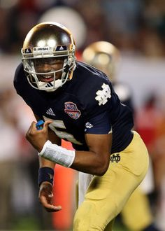 Notre Dame names Everett Golson as starting quarterback over Malik Zaire