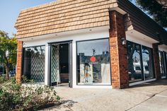Amadi Home, a showroom of imaginative hand-crafted carpets made from high quality materials, located in the West Hollywood Design District / Designer Camp