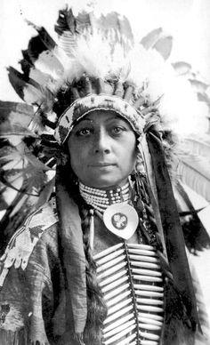 Chinquilla, a Cheyenne man, ca 1900