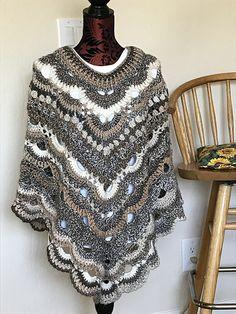 virus crochet Ravelry: Project Gallery for Virus Poncho / Two Corner pattern by Jonna Martinez Crochet Cape, Crochet Poncho Patterns, Crochet Shirt, Crochet Scarves, Crochet Clothes, Crochet Stitches, Crochet Vests, Shawl Patterns, Knitted Shawls
