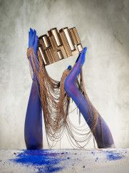 CHAINED_HANDS_0177_V3a_HR