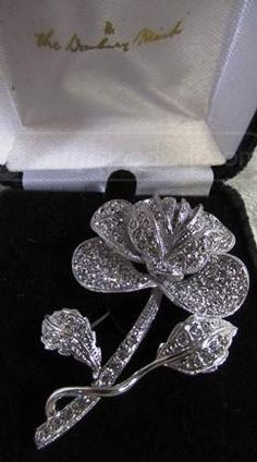 shopgoodwill.com: Danbury Mint Classy Rose Brooch Pin