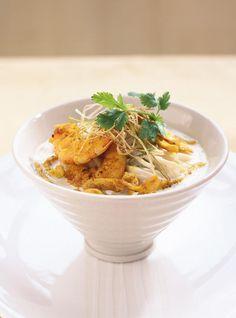 Shrimp, Pork and Coconut Milk Soup Shrimp Coconut Milk, Coconut Milk Soup, Milk Soup Recipe, Onion Leeks, Ricardo Recipe, Pork Cutlets, Fish Sauce, Coriander, Soup Recipes