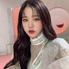 iz*one wonyoung icon ♡ don't reupload! Korean Couple, Korean Girl, Asian Girl, Kpop Girl Groups, Kpop Girls, Selfies, Jang Wooyoung, Woo Young, Japanese Girl Group