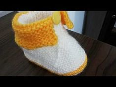 Knitting For Kids, Baby Knitting, Knit Baby Dress, Baby Slippers, Baby Boots, Youtube, Diy And Crafts, Stitch, Purple