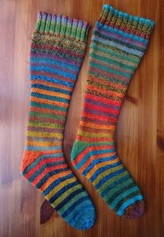 Ravelry: alicealice's crazy stripey rainbow socks