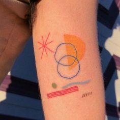Tattoos And Body Art modern art tattoo Bild Tattoos, Body Art Tattoos, Small Tattoos, Tattoo Art, Pretty Tattoos, Cool Tattoos, Tatoos, Modern Art Tattoos, Handpoke Tattoo