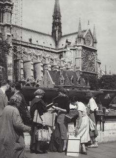 KEES SCHERER — Kees Scherer  Notre Dame , Paris 1953-1958 Beautiful Paris, World Press, Old Photography, Dutch Artists, Press Photo, Photojournalism, Notre Dame, 1950s, Street View