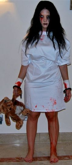 Great asylum costume!  Child Escaped from an Asylum ;) Notice the details!!! :) #halloween #scary