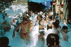 Children playing in bubbles at a party. Film Photography, Street Photography, David Alan Harvey, Common People, Film Inspiration, Magnum Photos, Wall Collage, Kids Playing, Tumblr