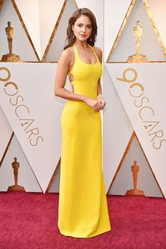 See Every Red Carpet Look at the 2018 Oscars: Eiza Gonzalez