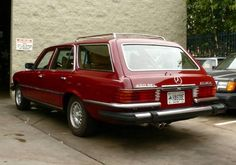 1977 Mercedes Benz W116 450SEL Estate Wagon Rear