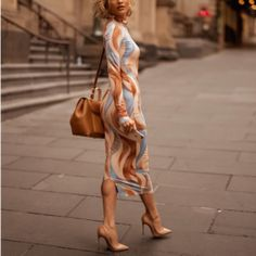 Sexy High Collar Digital Printed Slim Maxi Dress Same As Photo xl Midi Skater Dress, Sexy Maxi Dress, Maxi Dress With Sleeves, Classy Dress, High Collar, Skirt Fashion, Women's Fashion, Dress Brands, Unique Fashion