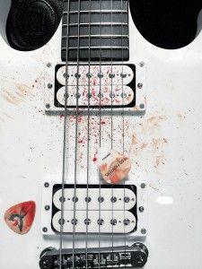"""Foo Fighters - """"Tutto quel sangue rappresenta cosa vuol dire suonare a Città del Messico nel mese di dicembre, con 55 mila spettatori ad incitarti."""""""