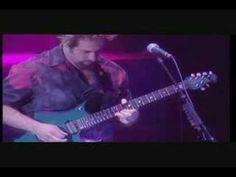 Dream Theater tentando mandar bem em Money, do Pink Floyd. Até sax colocaram!
