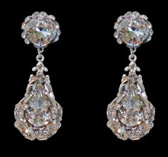 SW476E #Swarovski earrings handcrafted by Cheryl King Couture