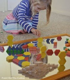 Great way to use the pattern blocks Paint On The Ceiling: Learn about Symmetry with Mirrors & Tessellating Block Play Reggio Classroom, Preschool Classroom, In Kindergarten, Reggio Emilia, Play Based Learning, Early Learning, Toddler Activities, Preschool Activities, Kids Going To School