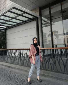 Modern Hijab Fashion, Street Hijab Fashion, Hijab Fashion Inspiration, Muslim Fashion, Fashion Outfits, Hijab Fashion Style, Fashion Ideas, Ootd Fashion, Fashion Trends