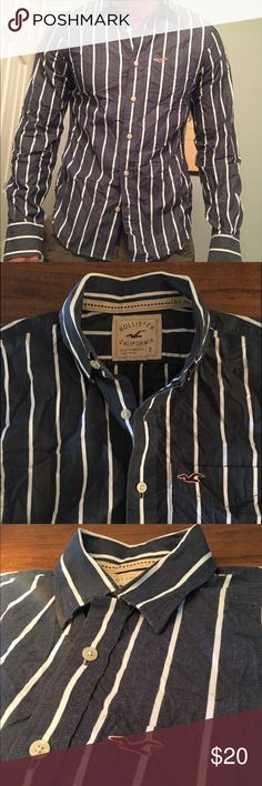 Hollister Button Up Shirt Men's Small Blue with white stripes Hollister men's button up shirt. Size: small. Bundle up and save Hollister Shirts Casual Button Down Shirts